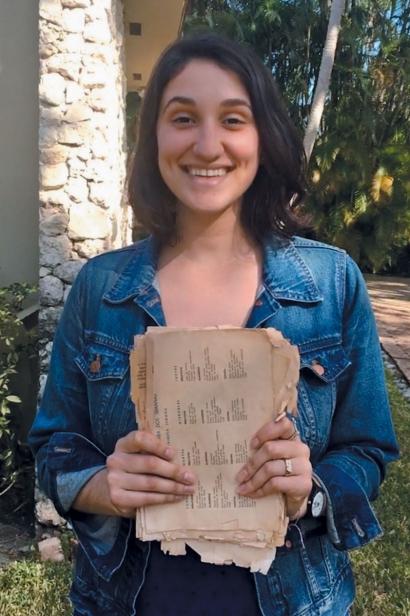 Amanda Funiccio and her coverless copy (Photo: Amanda Finuccio)