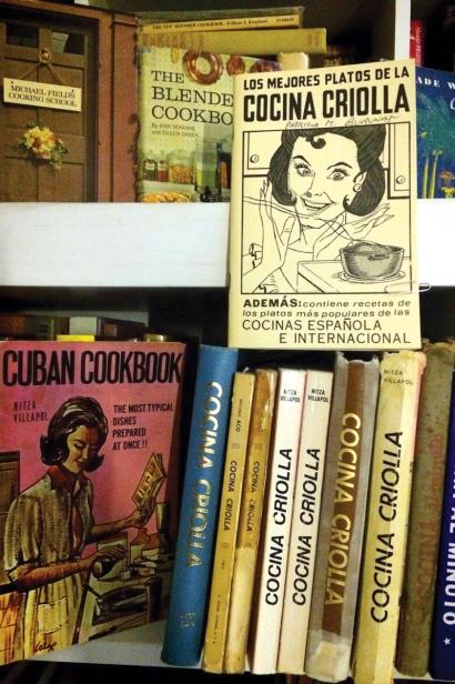 Jorge Zaldivar's collection of bootleg Nitza Villapol cookbooks (Photo: Jorge Zaldivar)