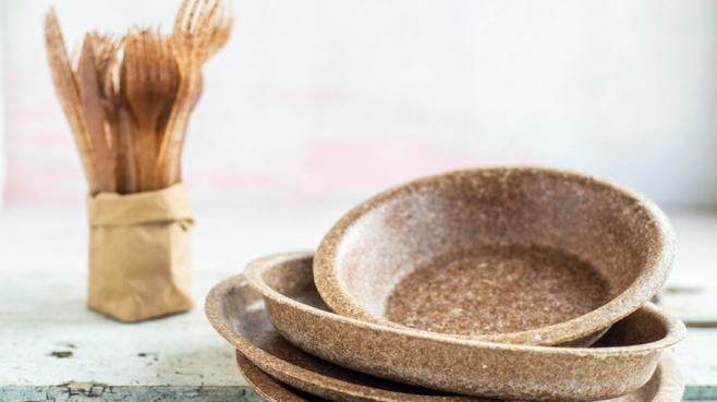 Wheat bran tableware