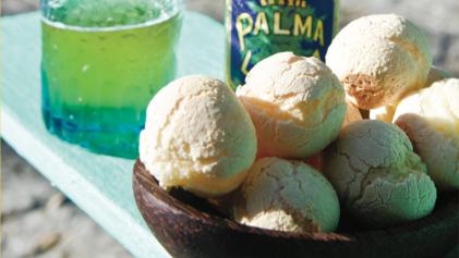 Pao de Queijo with Brazilian beer