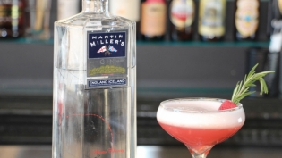 The Clover Club cocktail with Martin Miller Gin